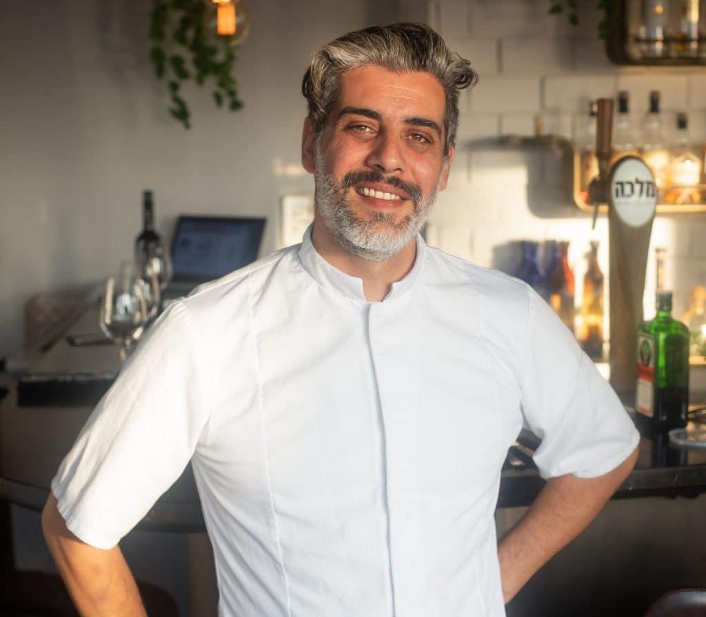 יובל פכלר השף של סלבה וידה - ברביקיו שרימפס. צילום יונתן בן חיים