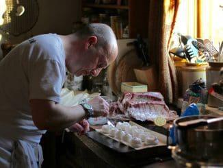 בני דור הבייבי בומרס הגדירו את עצמם כבעלי יכולת מעל לממוצע במטבח. צילום pixabay
