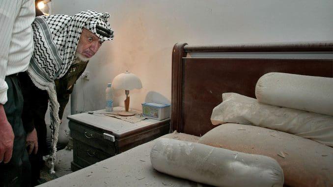 המצולם החביב על סילברמן בחדרו במוקטעה. צילום דוד סילברמן גטי