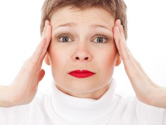 על פי ארגון הבריאות העולמי, נשים סובלות ממיגרנה פי שניים יותר מגברים. צילום pixabay
