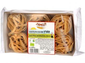 פטוצ'יני (פסטה שטוחה ורחבה) איטלקית מקמח כוסמין מלא אורגני שבנוסף אליו מכילה רק מים. צילום אייל קרן