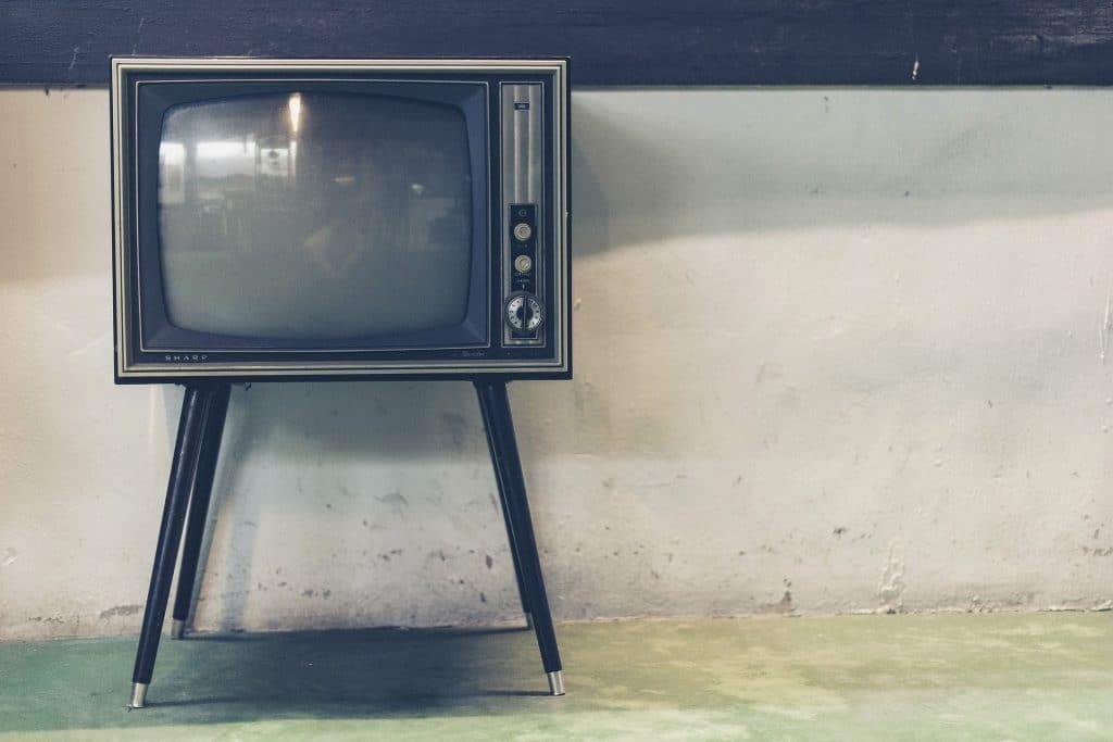מה לעשות? זה נראה כמו טלוויזיה של פעם. צילום pixabay