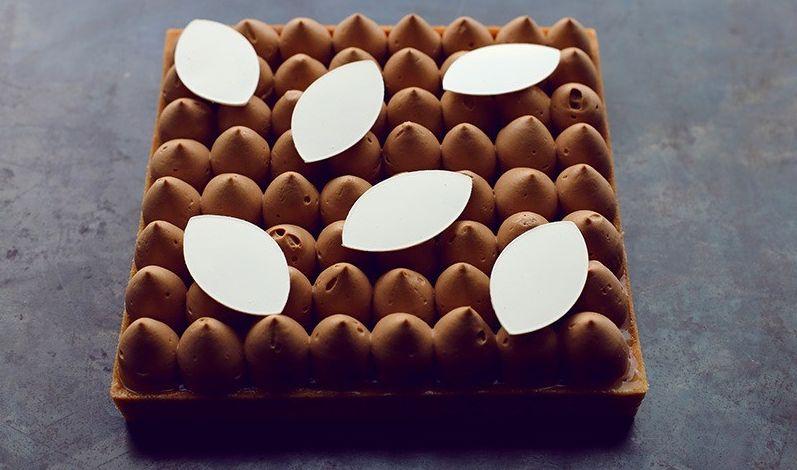 טארט הדרים ושוקולד של הקונדיטור אלון שבו. צילום דניה ויינר