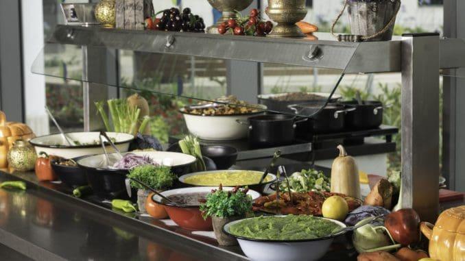 """סוג האוכל המועדף ע""""י העובדים בישראל בפער משמעותי הינו המטבח הבשרי עם 14% מכלל ההזמנות במהלך השנה. צילום דניאל לילה"""