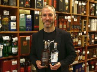 """בארי גאלאגר- המייסד והמנכ""""ל של מזקקת גלנדלוך. משחק החביות ביישון הוויסקי. צילום דוד סילברמן dpsimages"""