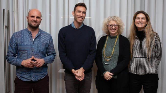 אסתר ברק לנדס (מימין), ססיל בליליוס והיזמים יוני הרן וויקטור חג'ג'. צילום ליאור גולדסאד