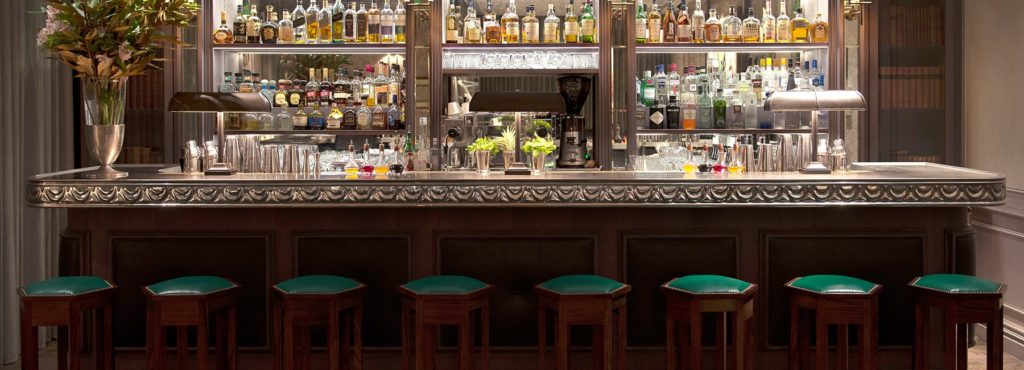 הבר של מלון דה נורמן. צילום מהאתר