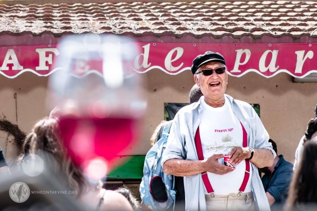 מקס הרצברג מיקב הרצברג. צילום מדף הפייסבוק Wine on the vine