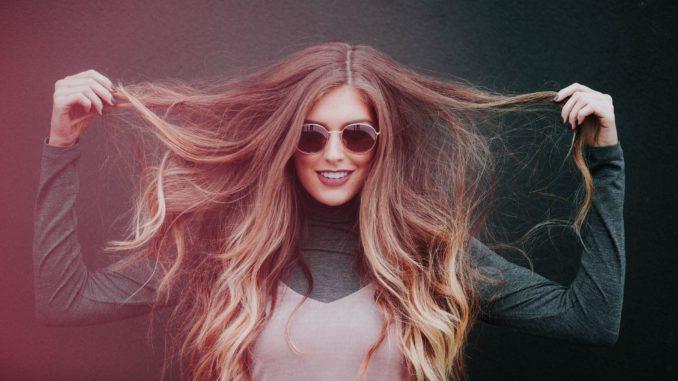 המרכיב העיקרי של השיער, כ- 95%, הוא קרטין - חלבון ממשפחת הפרוטאינים. לכן צריכת כמות מספקת של חלבון חשובה כל כך. צילום pixabay