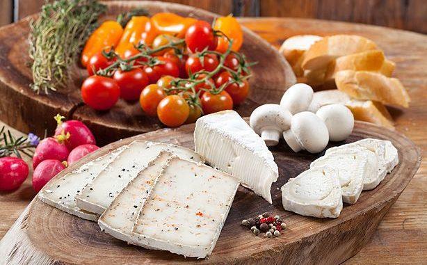 שלל פעילויות לכל המשפחה כולל טעימת גבינות של מחלבות האזור. צילום בועז לביא
