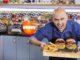 אילן פנחס יהיה השף היחיד בתכנית שמציג מתכוני בשר. צילום אפיק גבאי