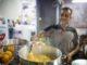 סיור רגלי וקולינרי וטעימת ממתקי החג והשתתפות בארוחה ששוברת את הצום. צילום אור אלכסנברג