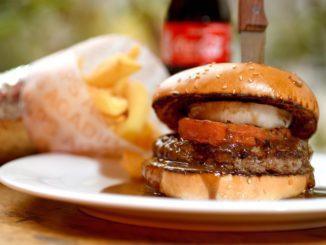 ההמבורגר של אגדיר – אחד מ-100 משתתפים. צילום רן בירן