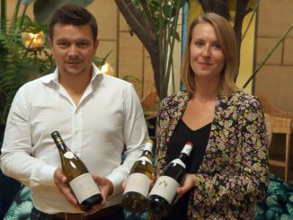 ביקור ראשון בישראל: ארנו סאז'ה וססיל ז'קארד מתשלובת היין של סאז'ה. צילום דוד סילברמן dpsimages