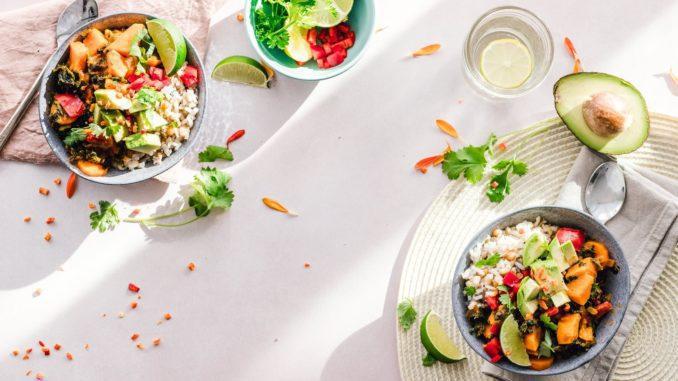 הדגש הוא על האופן שבו מוציאים מהתפריט את המאכלים והמשקאות שמגרים את השלפוחית ומחליפים אותם בכאלה שמזינים את הגוף ומחזקים אותו