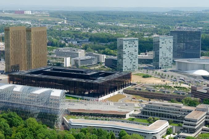 בנייני בית הדין הגבוה לצדק של האיחוד האירופי בלוקסמבורג. צילום מאתר הארכיטקט דומיניק פארו