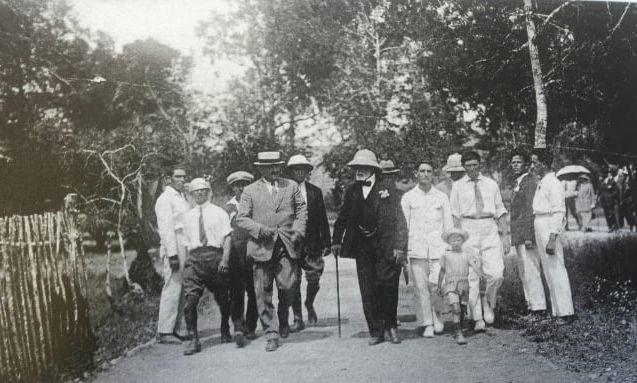 ביקור הברון בנימין בן יעקב רוטשילד בזיכרון יעקב 1925. צילום מהארכיון ההיסטורי של זיכרון יעקב