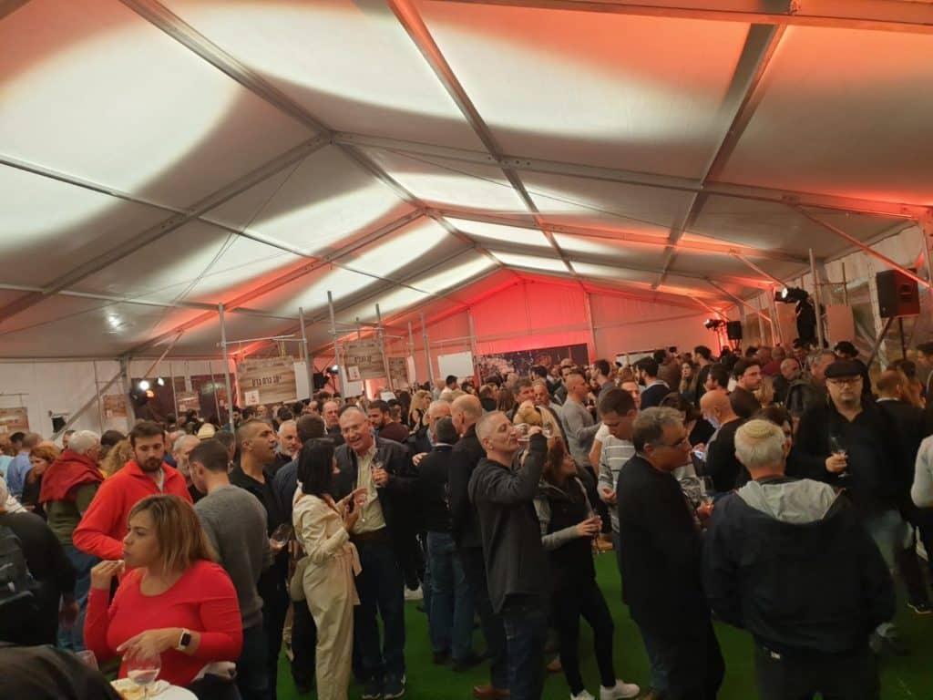 אירוע הפתיחה של פסטיבל יקבי יהודה 2019 באוהל במיני ישראל. צילום אבי דודי