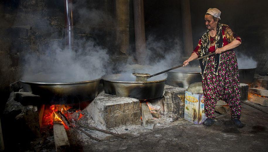 גם ככה מבשלים מולסה. צילום pixabay